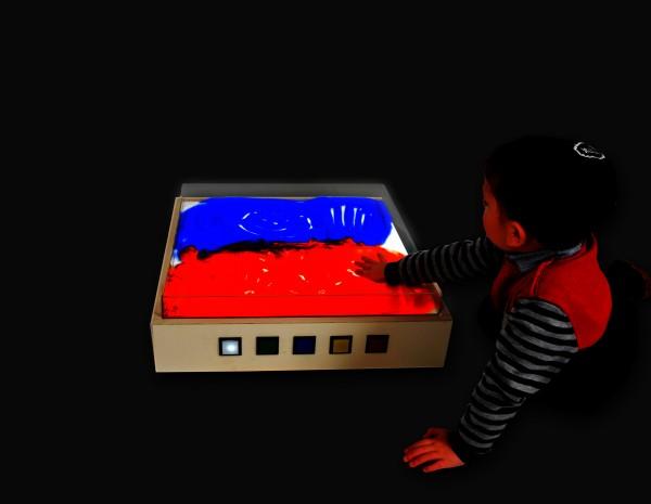 Corbus Spiel- und Leuchttisch
