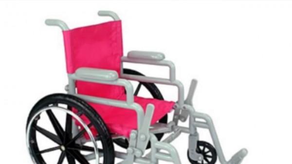 Flinka - der Puppen-Rollstuhl