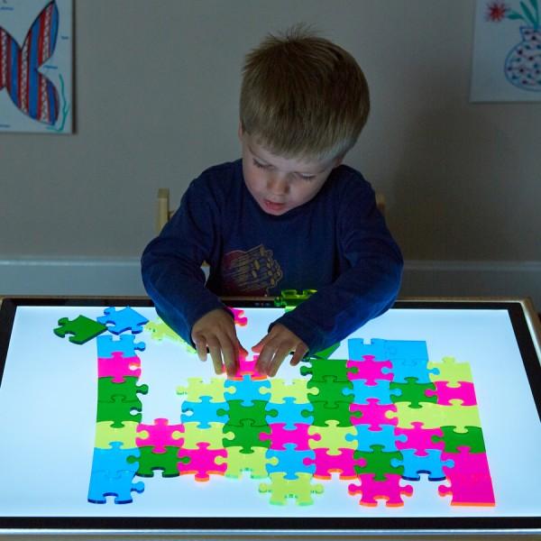 Lucys Transluzente Puzzlesteine