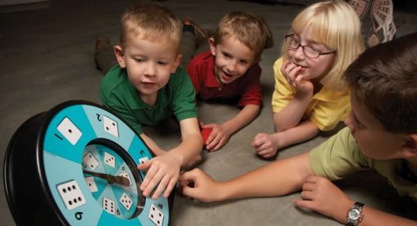 All-turm-it Spinner mit Kindern